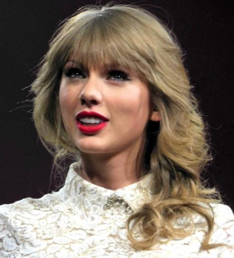 TAYLOR SWIFT, 2013